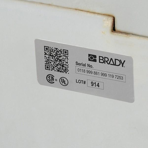 361696 - Metallisierte Polyesteretiketten für die Drucker BBP33/i3300